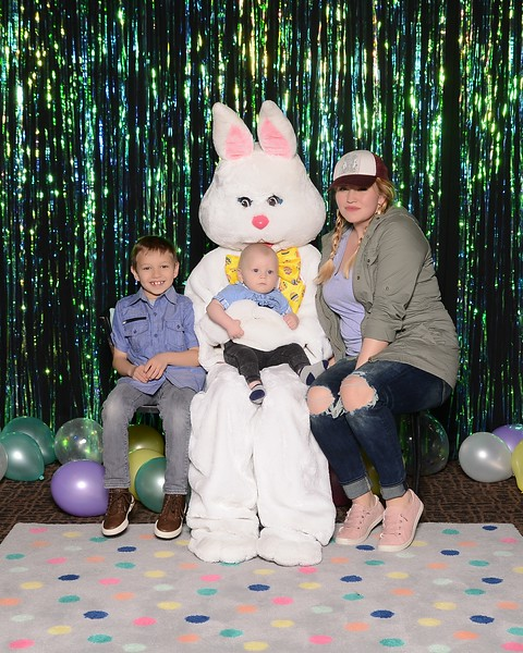 20180331_MoPoSo_Tacoma_Photobooth_LifeCenterEaster18-8.jpg