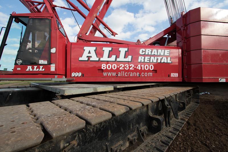 Manitowoc 250 ton Lattice Boom Crane