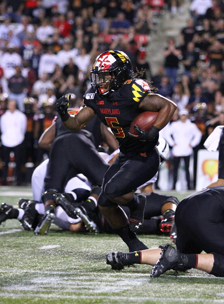 Maryland RB #5 Anthony McFarland rushes with the ball