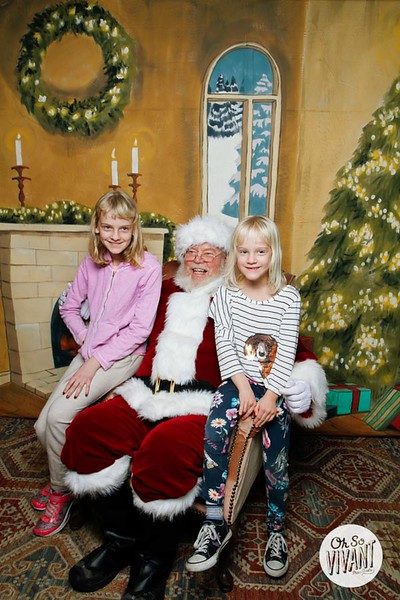 Pictures with Santa @Earthbound 12.1.2018-133.jpg