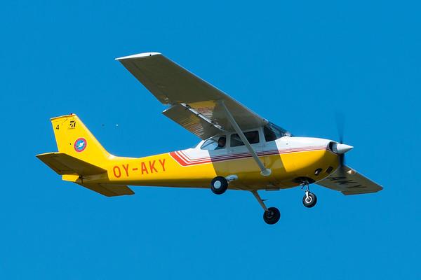 OY-AKY - Reims Cessna F172L Skyhawk