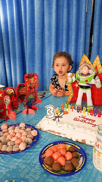 Mariah 3 anos