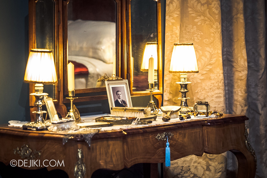 Downton Abbey The Exhibition - Lady Mary's Bedroom, Vanity Table