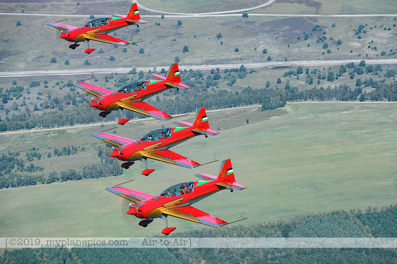 F20190914a132850_2845-BEST-Royal Jordanian Falcons-Extra 330LX-a2a.jpg