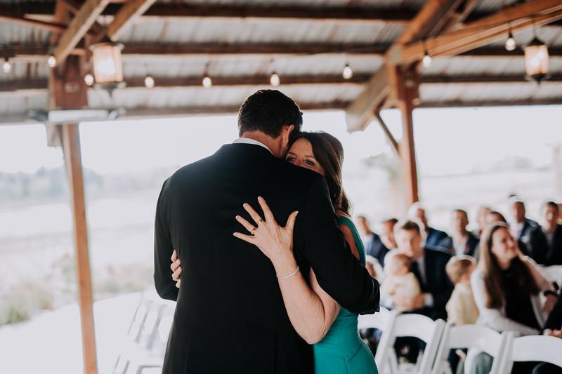 Seattle Wedding Photographer-719.jpg