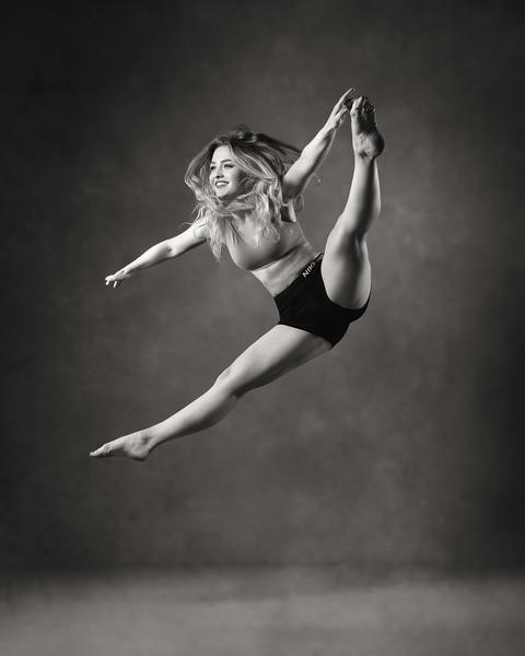 Natasha Cumming - dancer