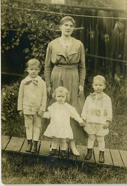 Findley-Family-Hoag-22.jpg