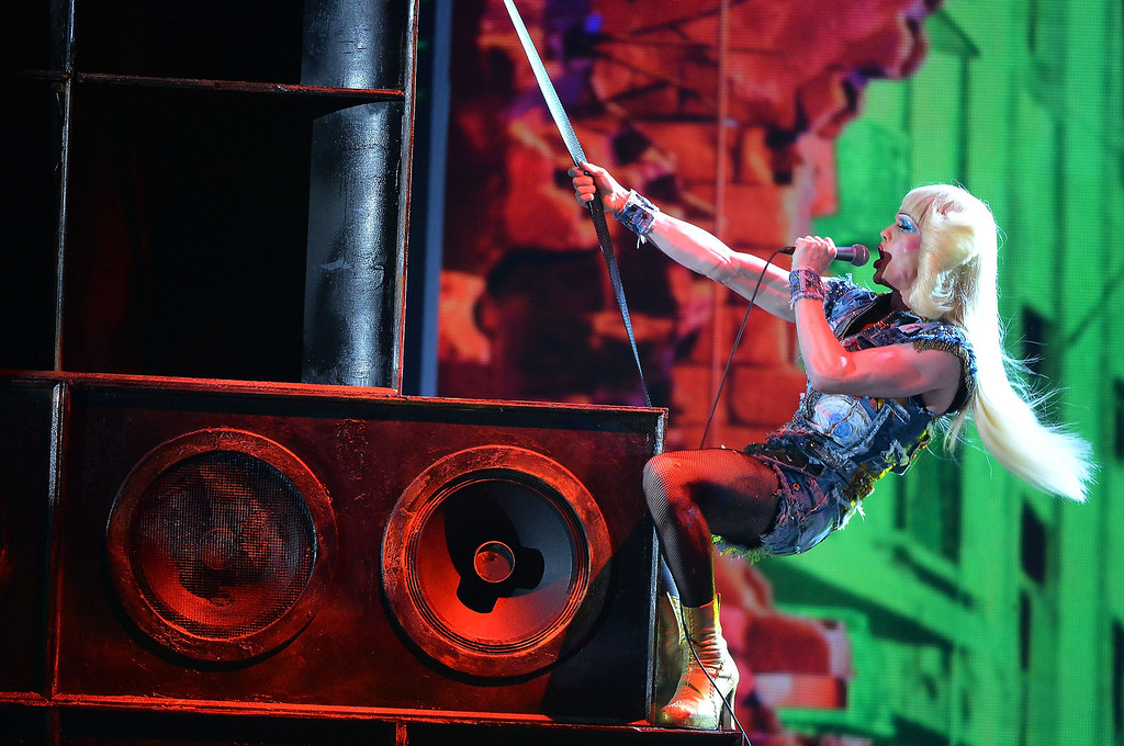 """. Neil Patrick Harris and the cast of \""""Hedwig and the Angry Inch\"""" performs onstage during the 68th Annual Tony Awards at Radio City Music Hall on June 8, 2014 in New York City.  (Photo by Theo Wargo/Getty Images for Tony Awards Productions)"""