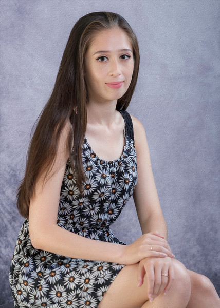 Alyssia Anzalone 06 oil painting.jpg