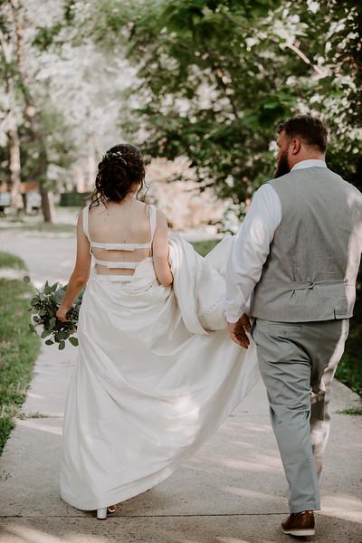 Bride and Groom-60.jpg