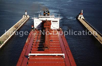 MV PAUL R. TREGURTHA, Oct. 31, 1999 - Arrive Duluth, proceed to SMET-Superior WI