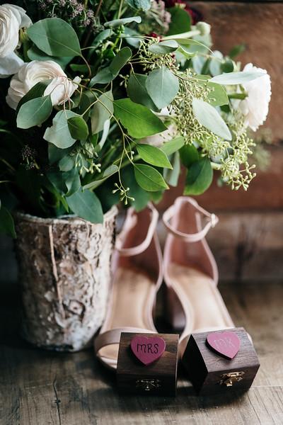 rustic_ohio__fall_barn_wedding-59.jpg