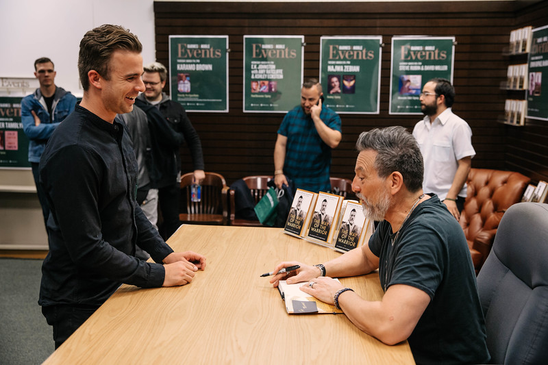 2019_2_28_TWOTW_BookSigning_SP_302.jpg