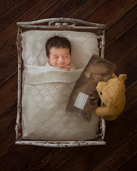 Caroline_Bowen_newborn_winner_web_04.jpg