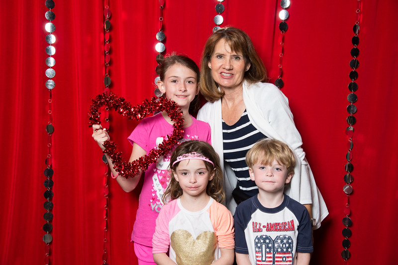 photo booth by Click Happy Productions-25.jpg