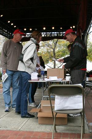 2010 Oct 3 - Wineglass Marathon - Corning, NY