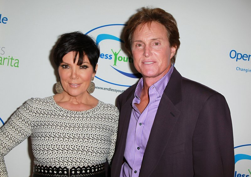 """. <p>7. (tie) KRIS & BRUCE JENNER <p>Not surprising that they had no pre-nup, as they�ve been worthless since they met. (2) <p><b><a href=\'http://www.nydailynews.com/entertainment/gossip/kris-jenner-bruce-jenner-split-prenup-125-million-fortune-stake-article-1.1480751\' target=\""""_blank\""""> HUH?</a></b> <p>    (David Livingston/Getty Images)"""