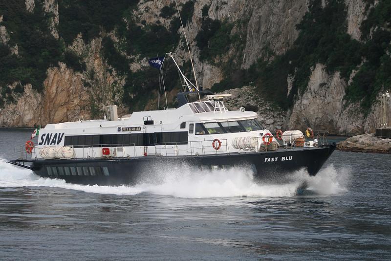 Fast Blu 2011.02.20 Capri_07x.JPG