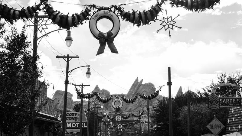 2016-11-19 Disneyland 018.jpg