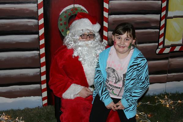 2012 Red Raven Holiday Santa Photos