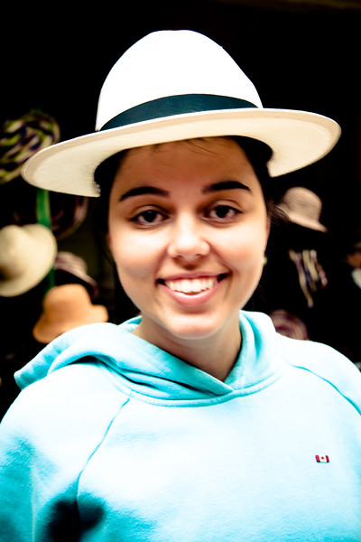 flattering-panamanian-hat_4902700411_o.jpg