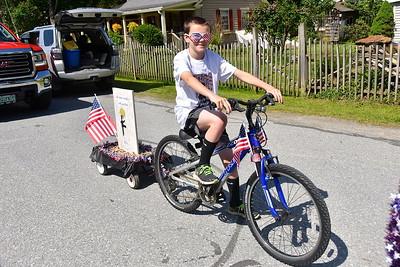 AMHS Loves A Memorial Day Parade IV photos by Gary Baker