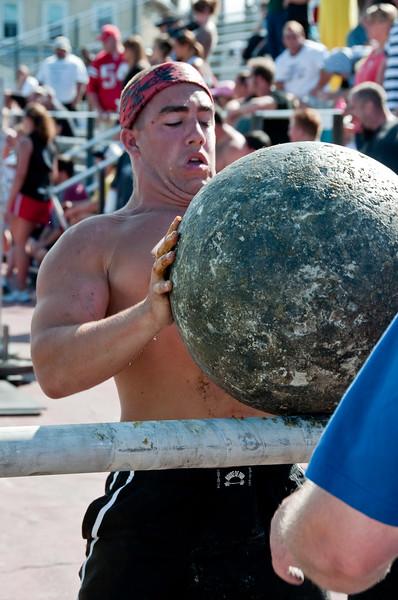 Strongman2009_Competition_DSC2111-1.jpg