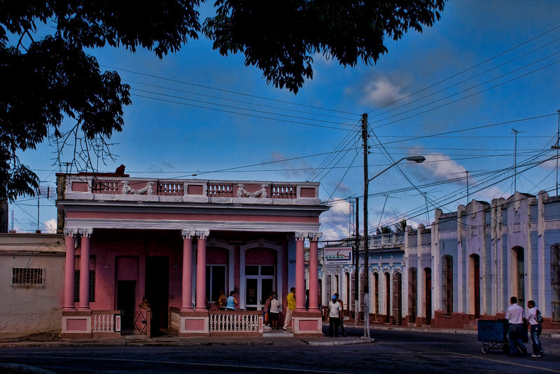 Cuba Cienfuegos pink house with columns.jpg