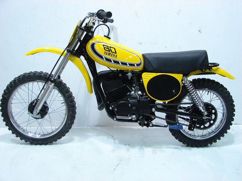 1976YZ80 001.JPG