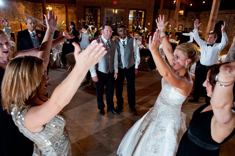 Jim and Robyn Wedding Day-512.jpg