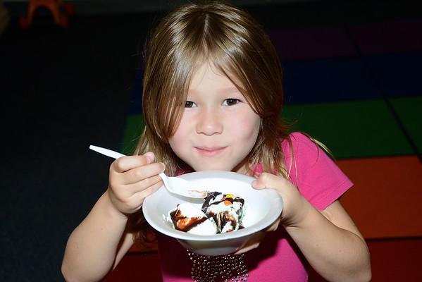 You Scream…I Scream…Kindergarten Ice Cream photos by Gary Baker