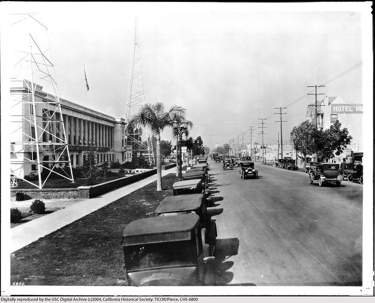 Sunset Boulevard Near Van Ness