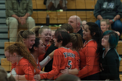 Lakewood L4 Volleyball