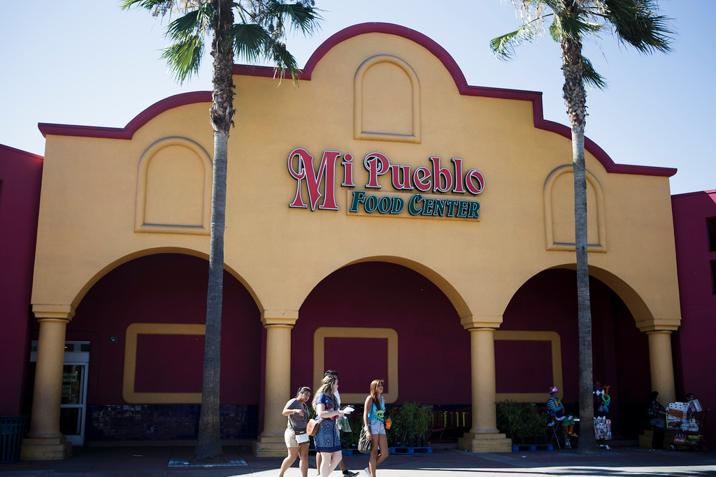 . An exterior view of Mi Pueblo Food Center in San Jose on July 24, 2013. The Bay Area supermarket chain filed for Chapter 11 bankruptcy protection Monday, citing a dispute with its primary lender, Wells Fargo. (Dai Sugano/Bay Area News Group)