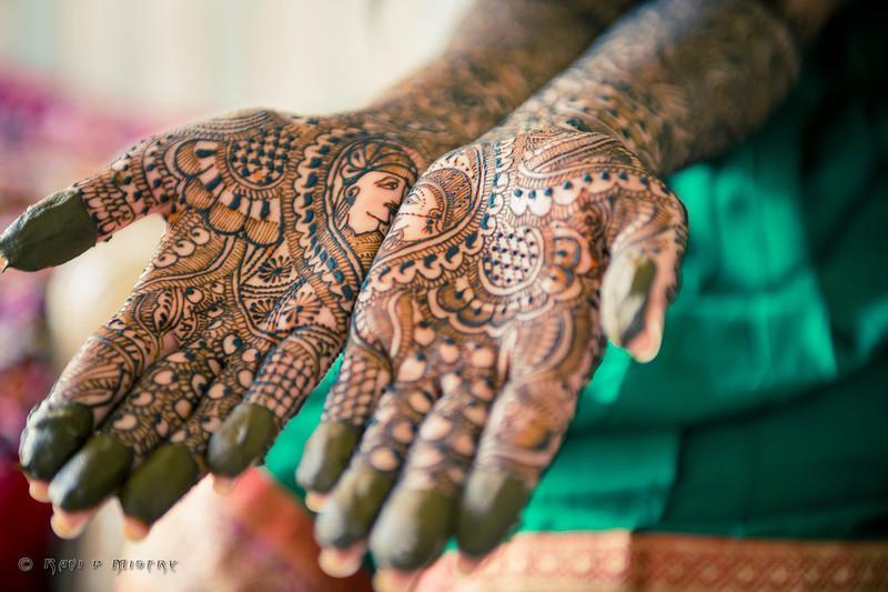 Jay Pooja Mehandi-115.jpg