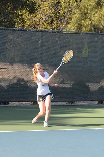 Menlo Girls Tennis 2012 5.jpg