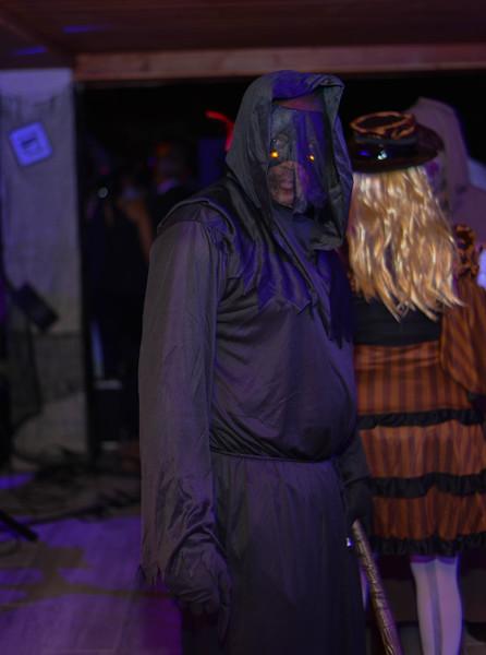 Halloween at the Barn House-21-2.jpg