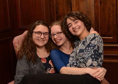 Yasmins friends