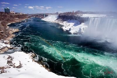 Niagara by Day