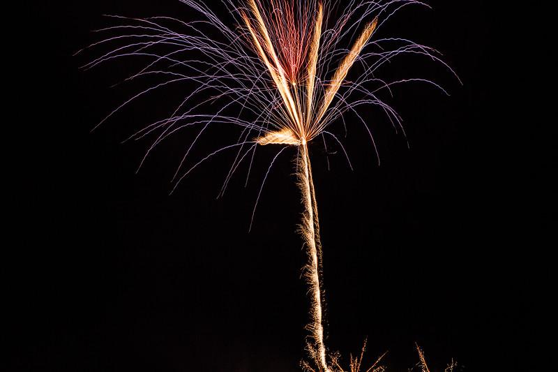 2018 - Dunorlan Park Fireworks 012_