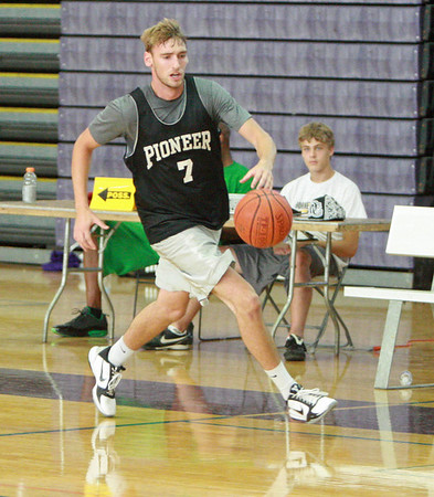 Pioneer Alumni basketball game 2011
