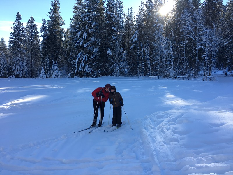 Tam and Hannah skiing in the Methow