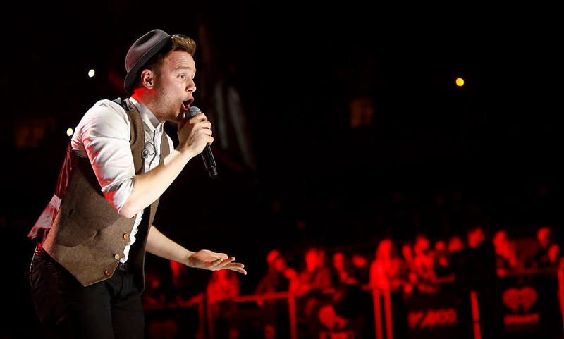 . Singer Olly Murs performs during the Z100 Jingle Ball at Madison Square Gardens in New York December 7, 2012.    REUTERS/Carlo Allegri