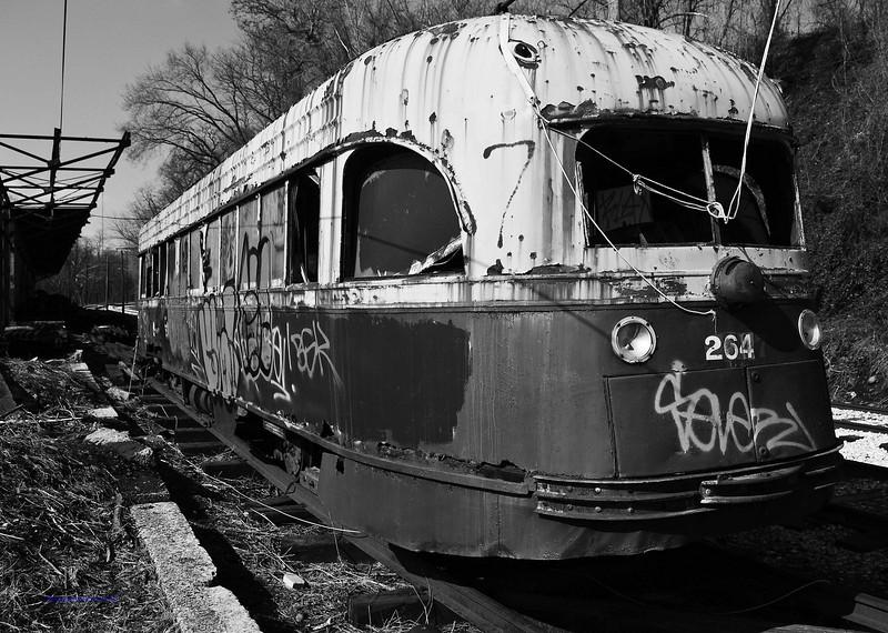 OldTrolley3BW.jpg