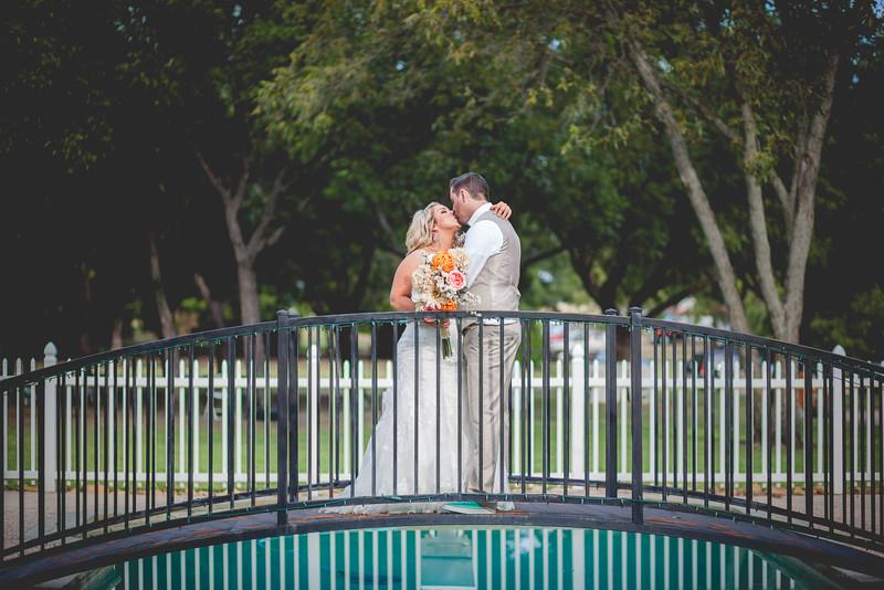 2014 09 14 Waddle Wedding - Bride and Groom-823.jpg