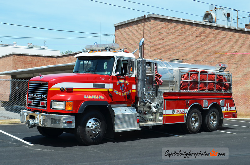 Carlisle (Union Fire Co.) Tanker 41: 2000 Mack/4 Guys 1000/2500