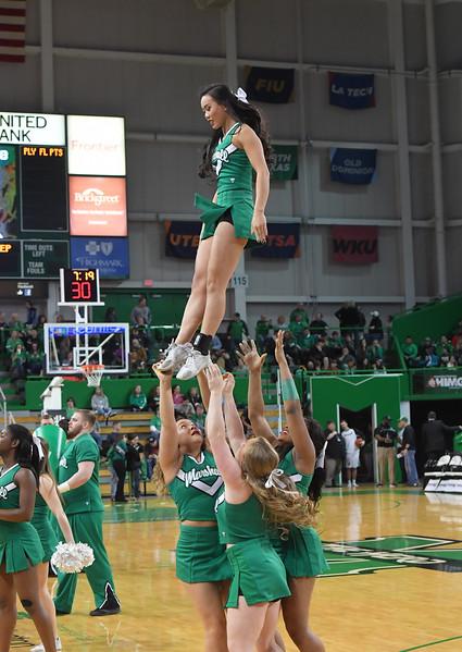 cheerleaders0013.jpg