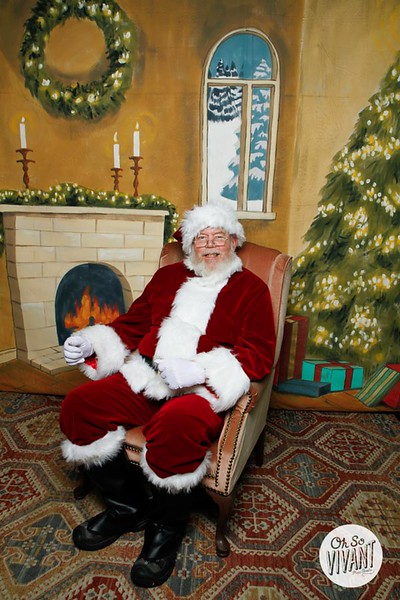 Pictures with Santa @Earthbound 12.1.2018-083.jpg