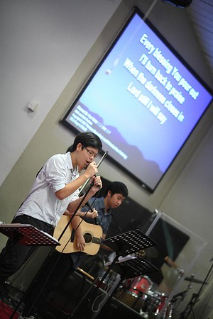 12 Youth Worship