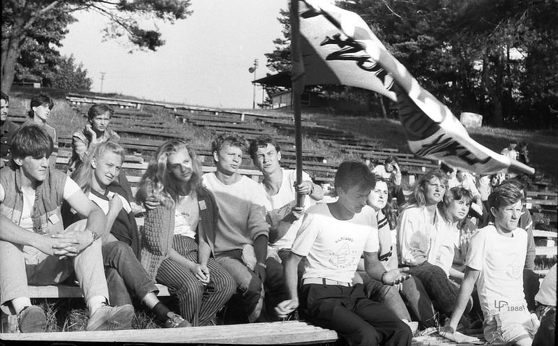 1988 metai Varėnoje žurnalistinis SSB...